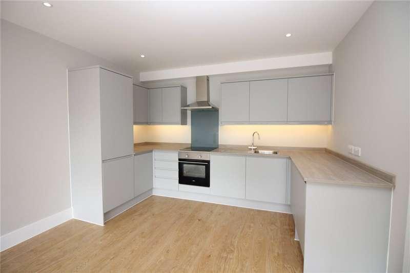 1 Bedroom Flat for sale in Shenley Road, Borehamwood, Hertfordshire, WD6