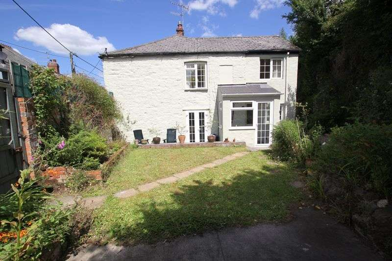 3 Bedrooms Property for sale in Grenville Road, Lostwithiel