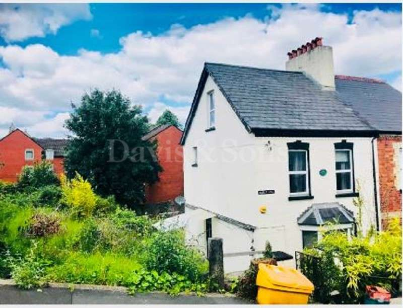 3 Bedrooms Semi Detached House for sale in Manley Road,, Handpost, Newport. NP20 4JY