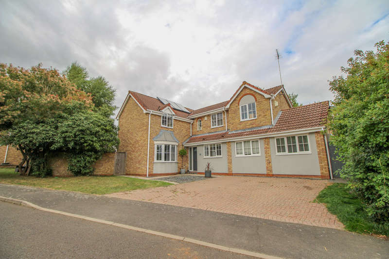 5 Bedrooms Detached House for sale in Taylors Field, Dullingham