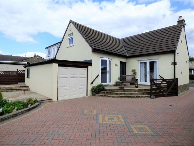 3 Bedrooms Detached Bungalow for sale in Daisy Hill, Silsden