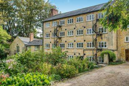 2 Bedrooms Flat for sale in North View Blockley Court, Blockley, Moreton In Marsh, Glos