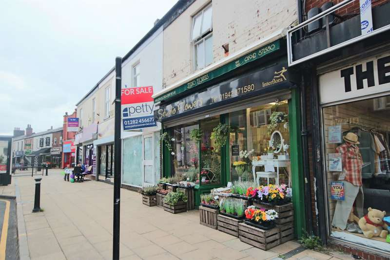 1 Bedroom Property for sale in Market Street, Atherton, Manchester, M46 0DG