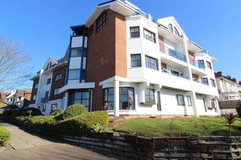 1 Bedroom Apartment Flat for sale in Kings Meade, Kings Road, Westcliff-On-Sea, Essex, SS0