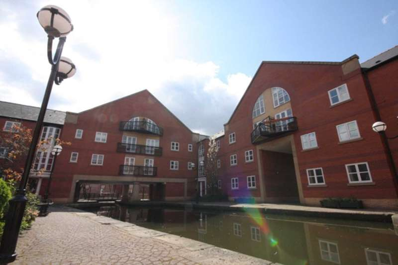 3 Bedrooms Apartment Flat for sale in James Brindley Basin, Manchester