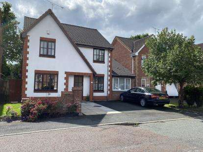 4 Bedrooms Detached House for sale in The Riddings, Whitby, Ellesmere Port, Cheshire, CH65