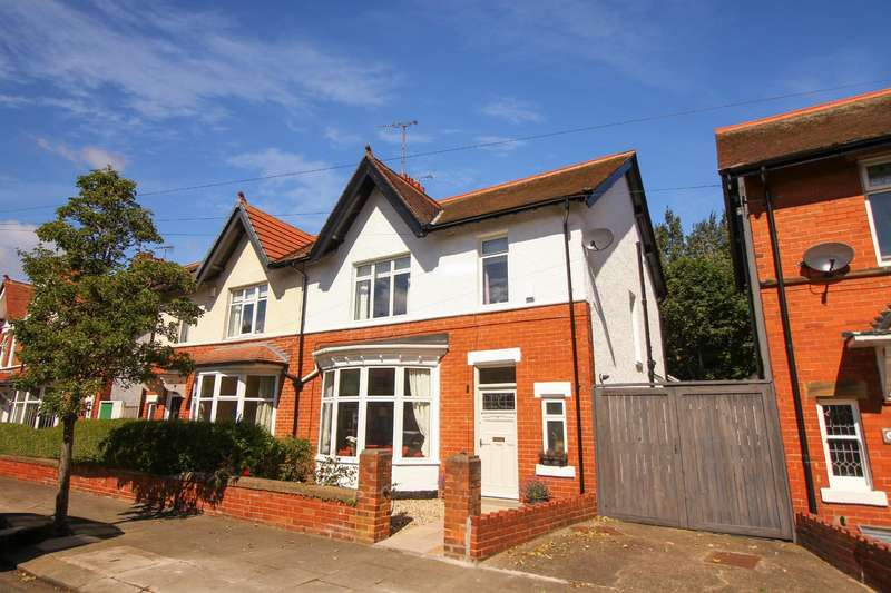 3 Bedrooms Semi Detached House for sale in Grosvenor Drive, Whitley Bay