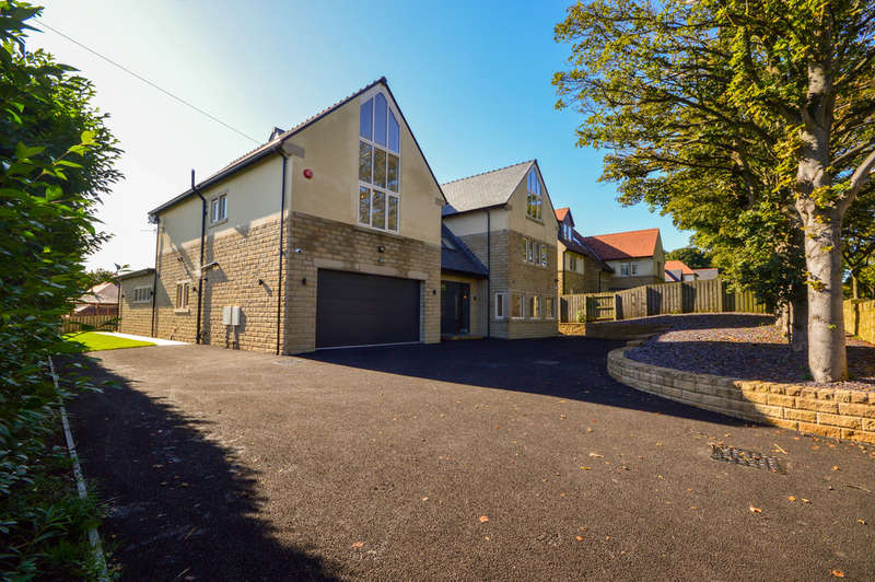 6 Bedrooms Detached House for sale in Delamere Gardens, Fixby, Huddersfield