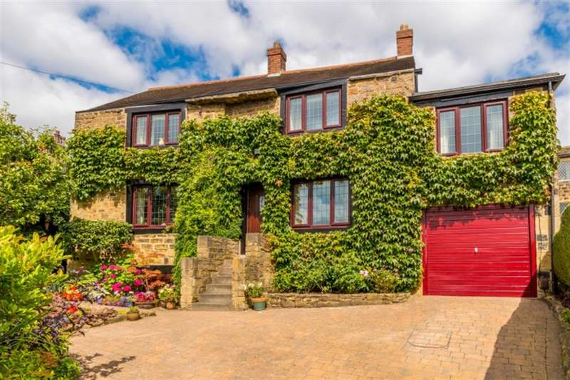3 Bedrooms Detached House for sale in Hough Side Road, LS28