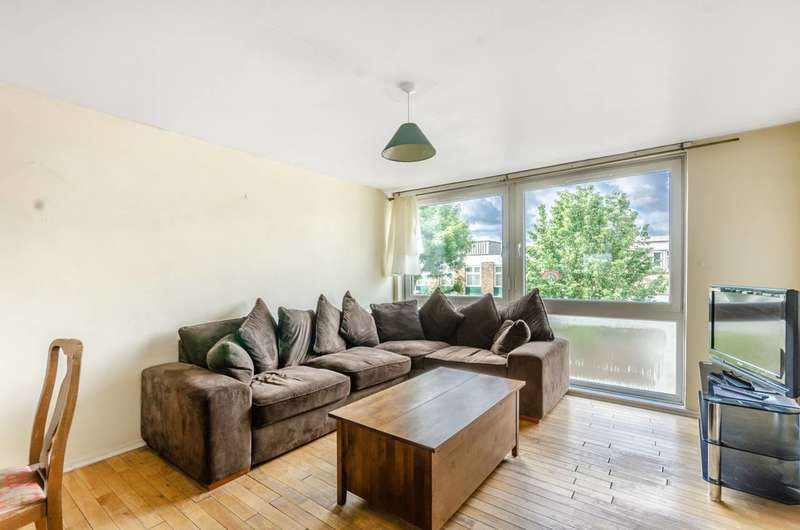 3 Bedrooms Flat for sale in Bevill Allen Close, Tooting, SW17