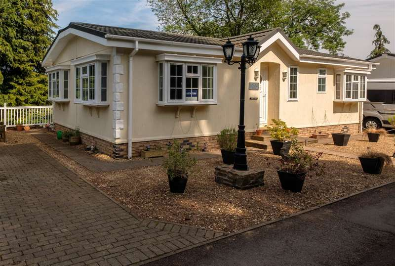 2 Bedrooms Park Home Mobile Home for sale in Norton Manor Park, Norton, Presteigne, LD8 2EG