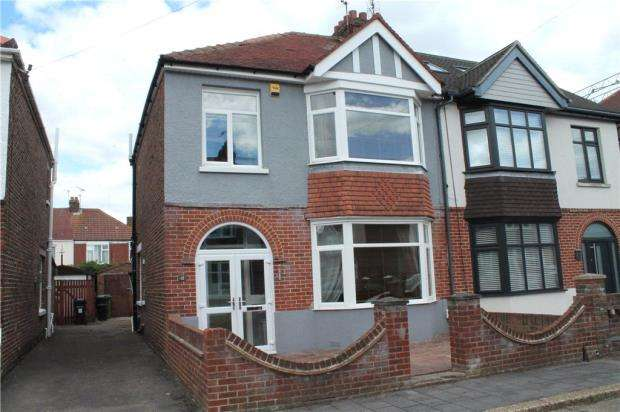 3 Bedrooms Semi Detached House for sale in Elmwood Road, Portsmouth, Hampshire