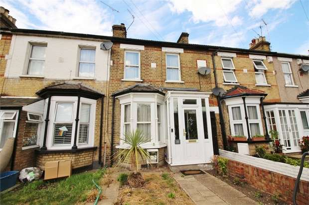 3 Bedrooms Terraced House for sale in Broomstick Hall Road, WALTHAM ABBEY, Essex
