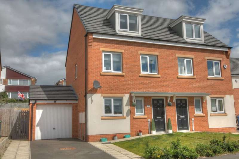 3 Bedrooms Semi Detached House for sale in Vallum Place, Throckley, Newcastle Upon Tyne, NE15