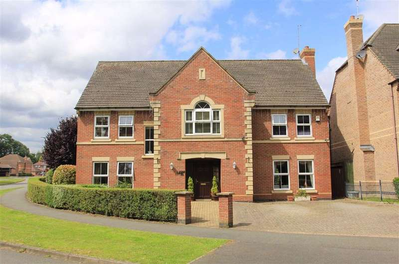 5 Bedrooms Detached House for sale in Chestnut Drive, Oadby, Leicester