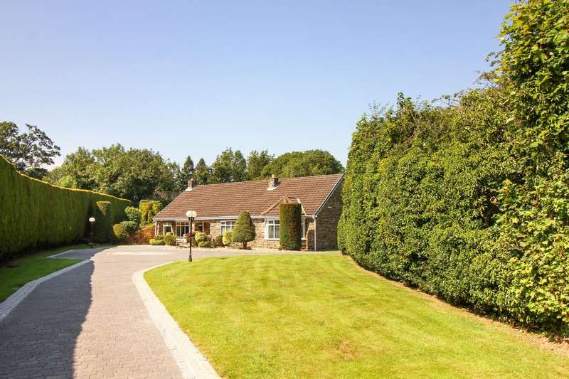 5 Bedrooms Detached Bungalow for sale in Field House Close, Hepscott, Morpeth