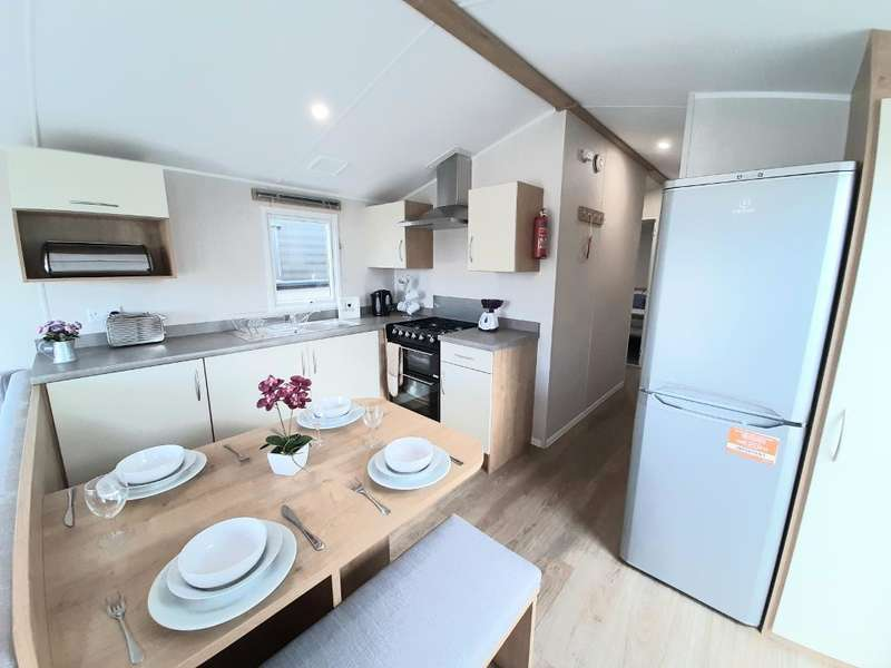 3 Bedrooms Mobile Home for sale in Parkdean Resorts, St Helens, PO33 1YA