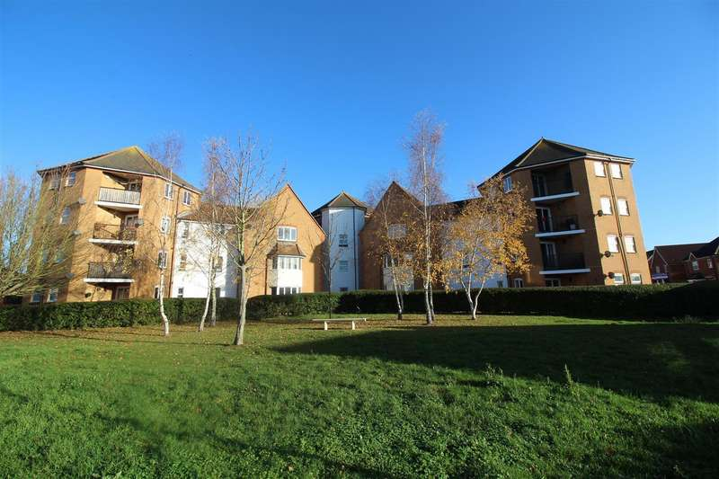 2 Bedrooms Flat for sale in Chelsea Gardens, Church Langley