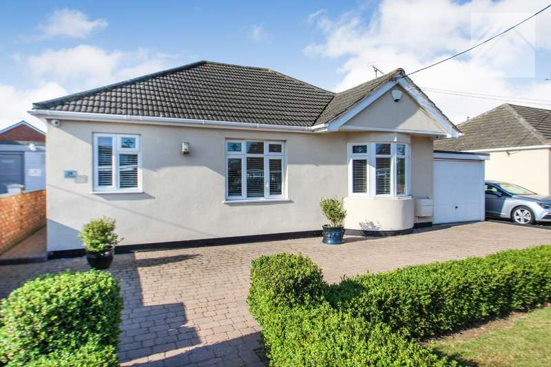 4 Bedrooms Bungalow for sale in Goirle Avenue, Canvey Island