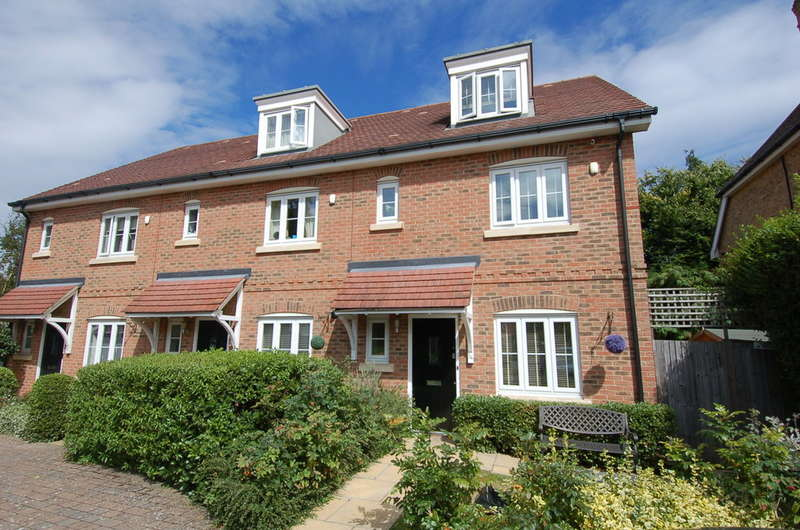4 Bedrooms End Of Terrace House for sale in Lower Sunbury