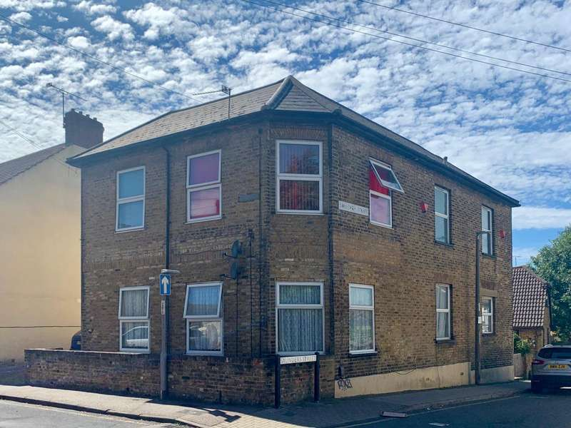 1 Bedroom Apartment Flat for sale in Victoria Street, Gillingham, Kent, ME7