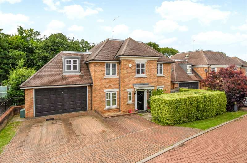 5 Bedrooms Detached House for sale in MacDonald Close, Chesham Bois, Amersham, Buckinghamshire, HP6
