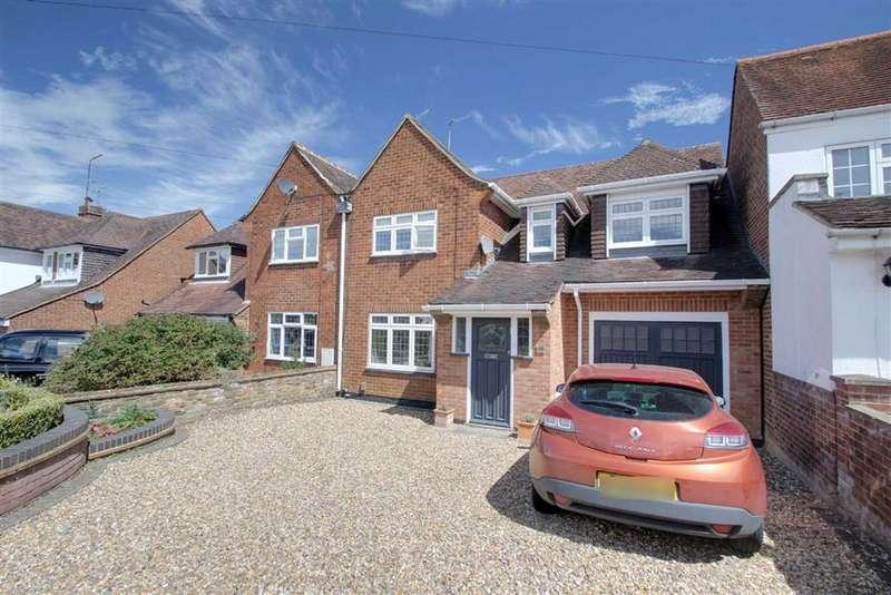 3 Bedrooms Semi Detached House for sale in Hemel Hempstead