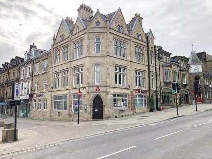 9 Bedrooms Maisonette Flat for sale in Terrace Road, Buxton, Derbyshire