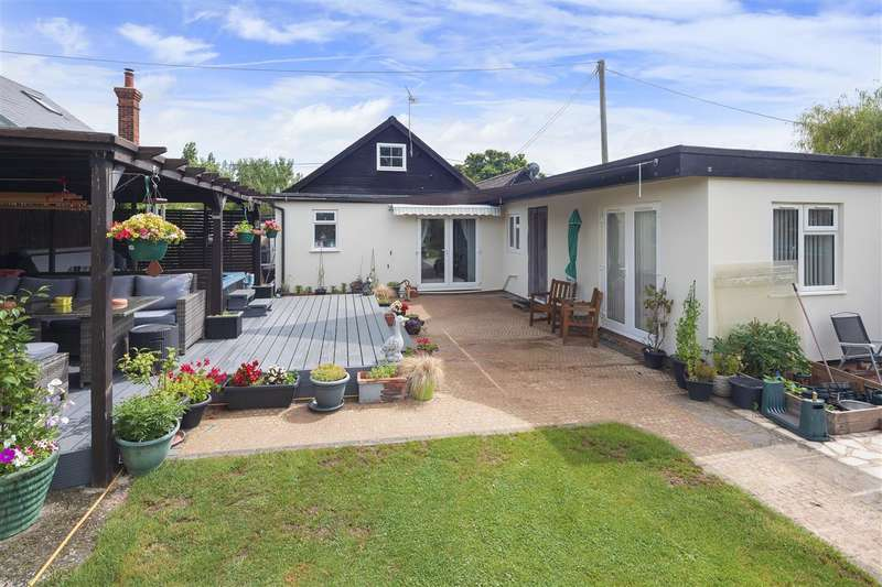 4 Bedrooms Detached House for sale in Beulah, Pean Hill, Whitstable