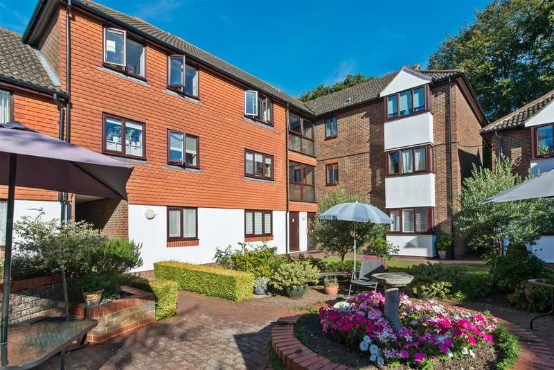 1 Bedroom Apartment Flat for sale in Magdalen Court, Canterbury