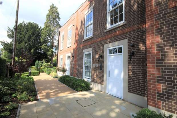 Flat for sale in Glen Eagle Manor, Luton Road, Harpenden