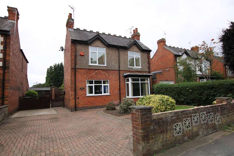 3 Bedrooms Detached House for sale in Skellingthorpe Road, Lincoln