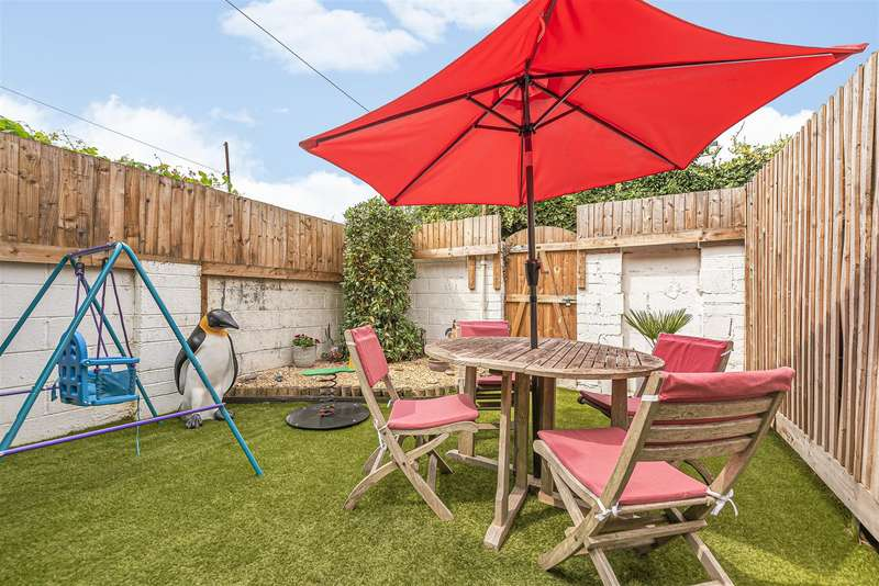 2 Bedrooms House for sale in Bradley Crescent, Shirehampton