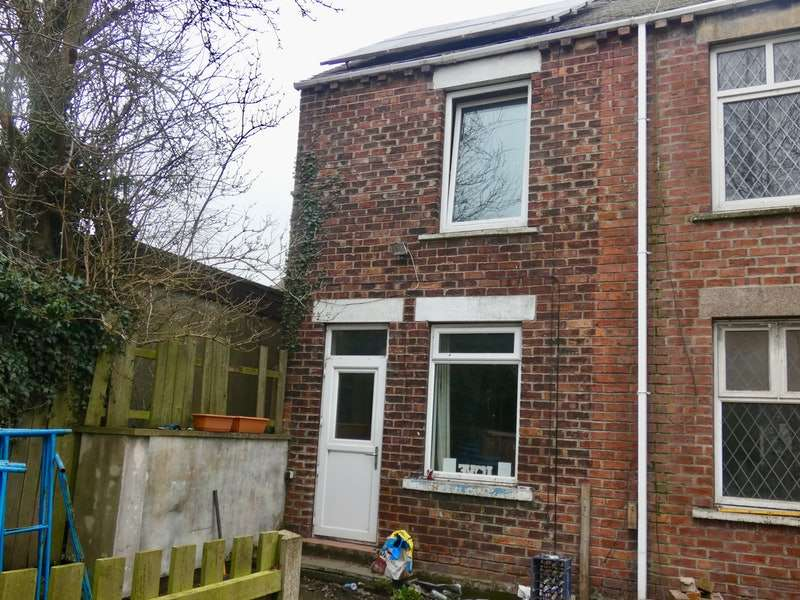 3 Bedrooms Terraced House for sale in Playford Yard, Barnsley, South Yorkshire, S74