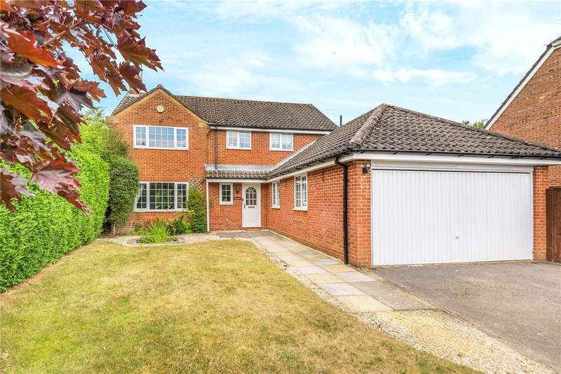 4 Bedrooms Detached House for sale in Cranbourne Drive, Otterbourne, Winchester, Hampshire, SO21