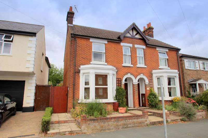 3 Bedrooms Semi Detached House for sale in Maldon Road, Lexden, Colchester