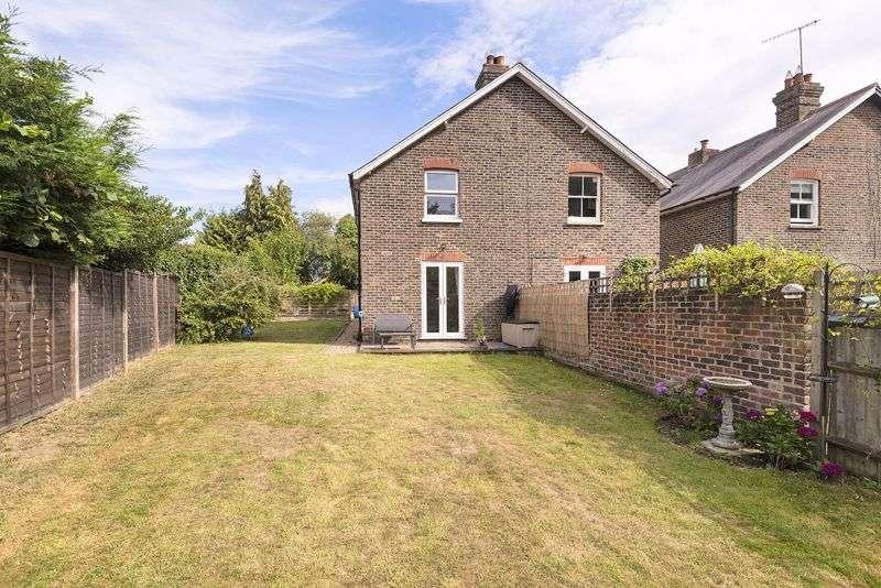 2 Bedrooms Property for sale in Hilders Lane, Edenbridge