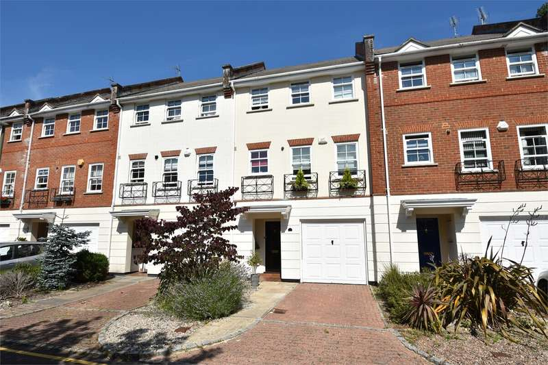 3 Bedrooms Town House for sale in Lancaster Drive, CAMBERLEY, Surrey