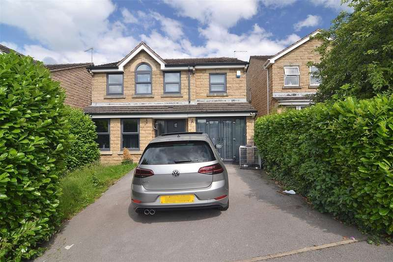 4 Bedrooms Detached House for sale in Chilver Drive, Bradford