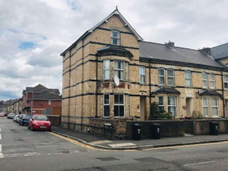 2 Bedrooms Ground Flat for sale in Chepstow Road, Newport, Gwent. NP19 8BY