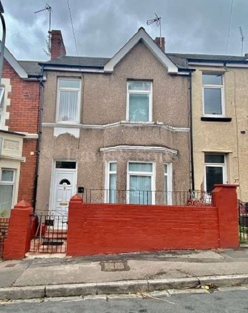 2 Bedrooms Terraced House for sale in Coldra Road, Off Cardiff Road, Newport. NP20 4FF