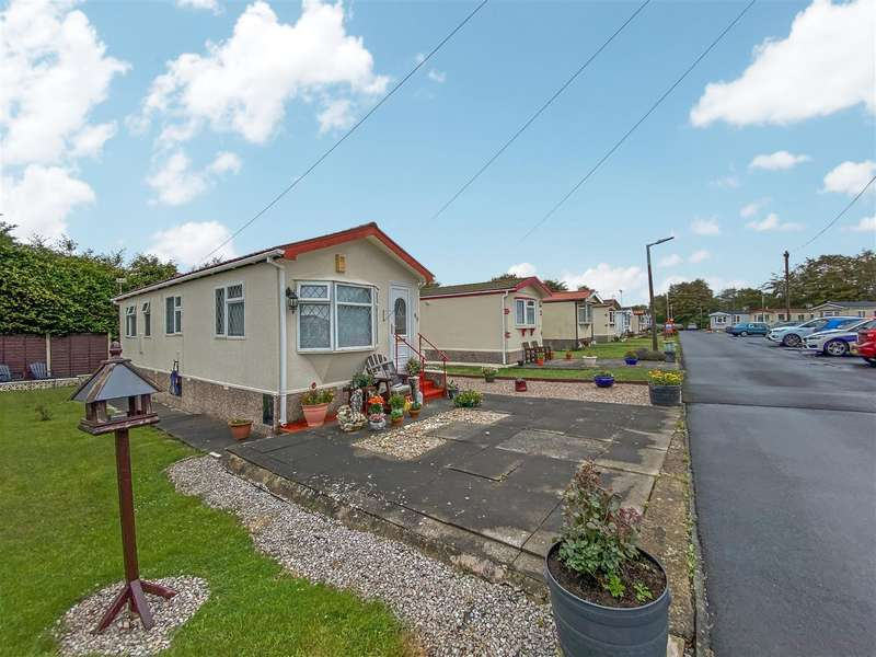 1 Bedroom Park Home Mobile Home for sale in Venture Residential Park, Westgate - this park home has an excellent position