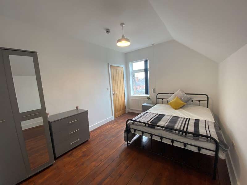 1 Bedroom House Share for rent in Urban Road, Room 5, Doncaster