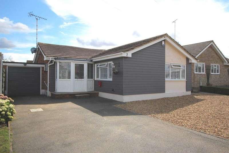 3 Bedrooms Detached Bungalow for sale in Oakwood Court, Althorne