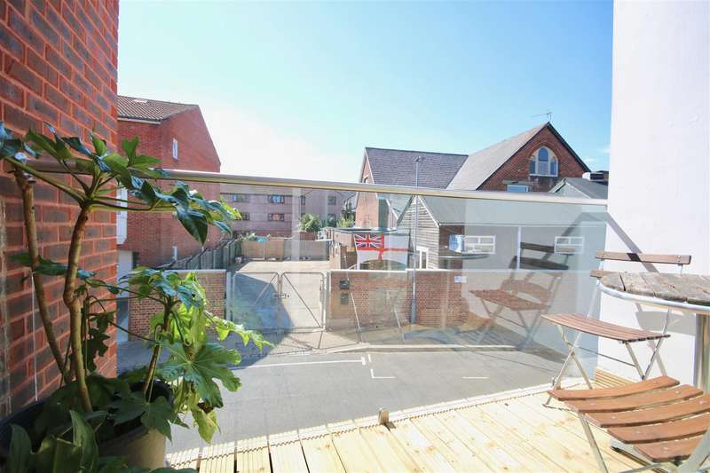 3 Bedrooms End Of Terrace House for sale in Onslow Road, Southsea