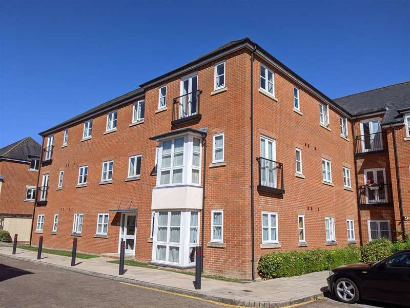 2 Bedrooms Apartment Flat for sale in Knowle Village