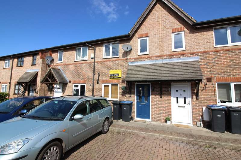 2 Bedrooms Terraced House for sale in Coalport Close, Church Langley, Harlow, CM17