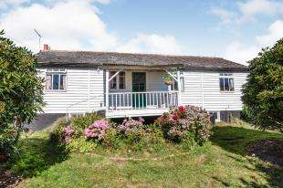 3 Bedrooms Bungalow for sale in The Common, The Common, Cranbrook, Kent