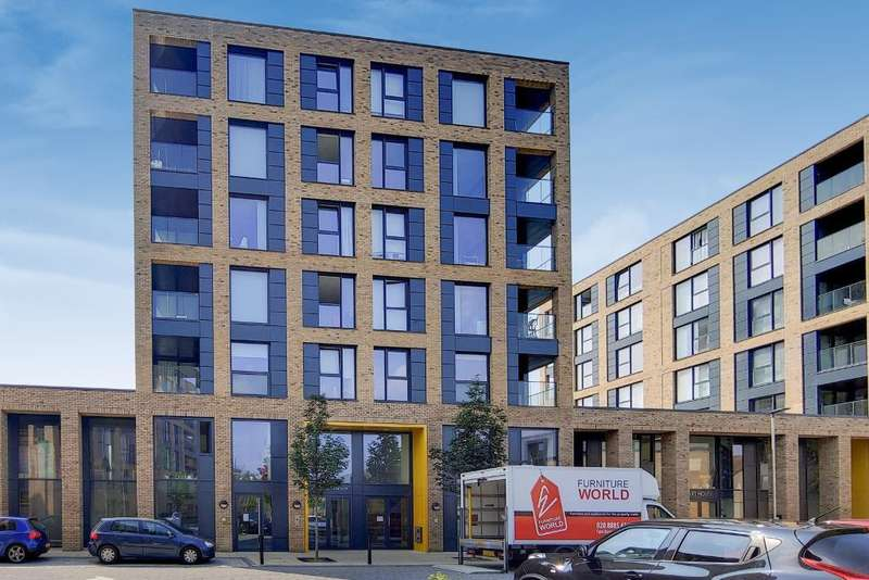 3 Bedrooms Flat for rent in Grafton Quarter, Croydon, CR0 3FD