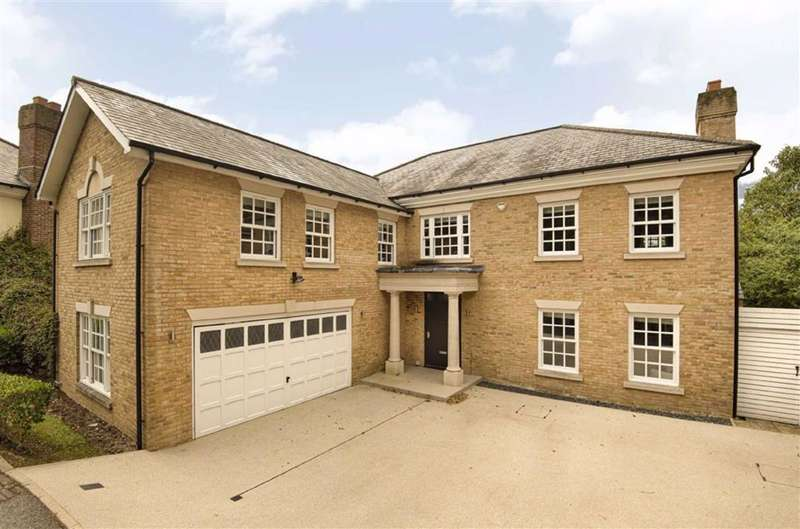 6 Bedrooms Detached House for sale in Games Road, Cockfosters, Hertfordshire
